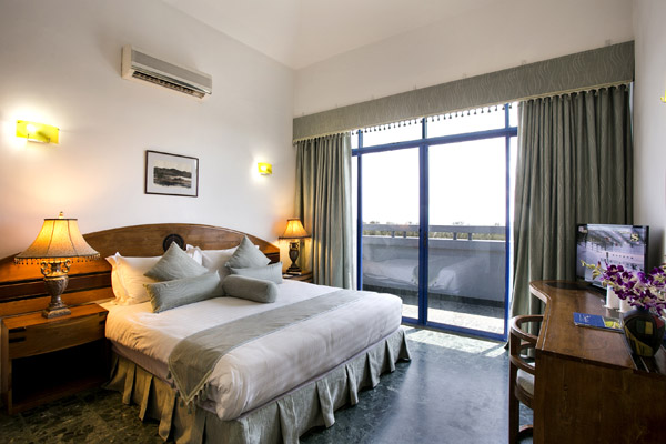 Two Bed Room N-A/c
